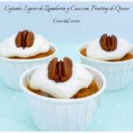 Cupcake Ligero de Zanahoria y Coco con Frosting de Queso